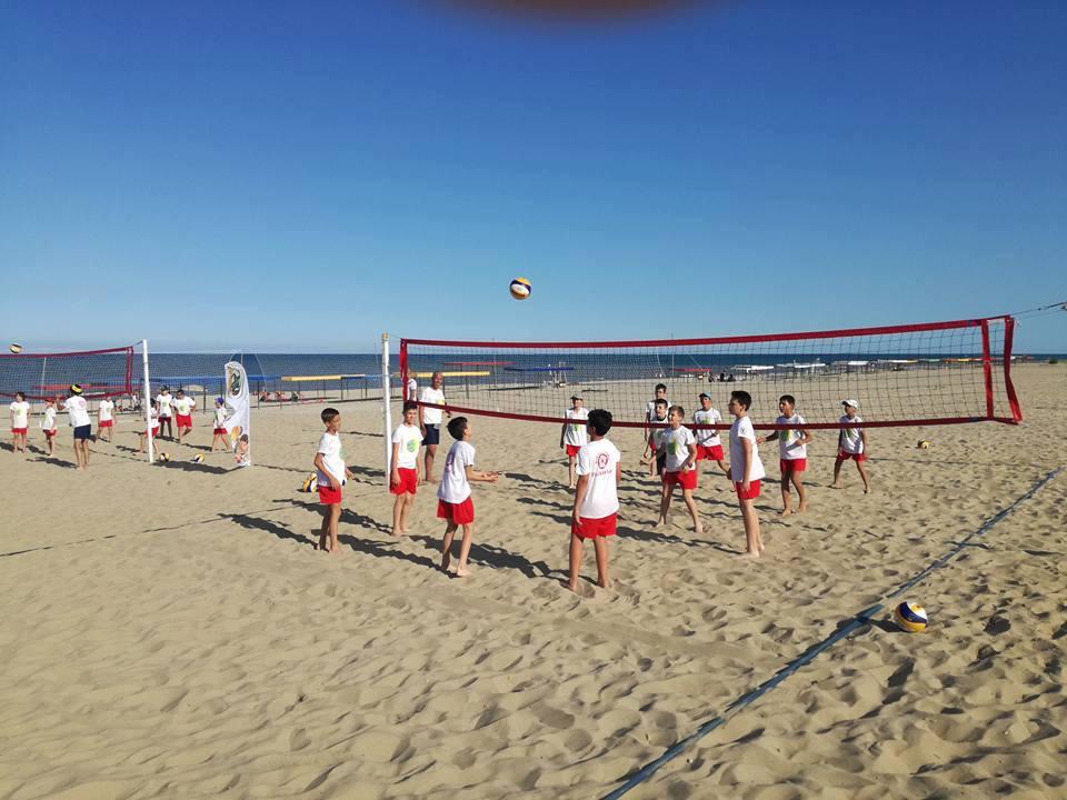 Треньорският състав на NSK Olimp бе поканен да се погрижи за плуването по време на летния лагер BIG Volley Camp
