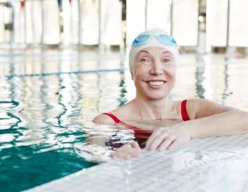 Уроци по плуване за възрастни